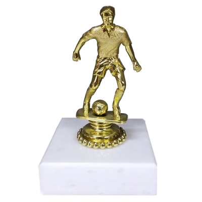 Erkek Futbol Figürlü Kupa Model 5